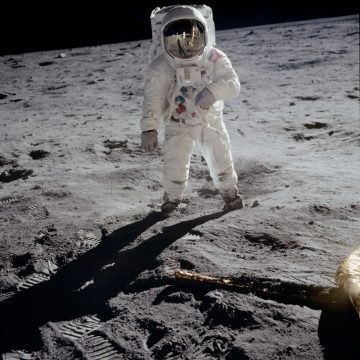 NASA_man_on_the_Moon