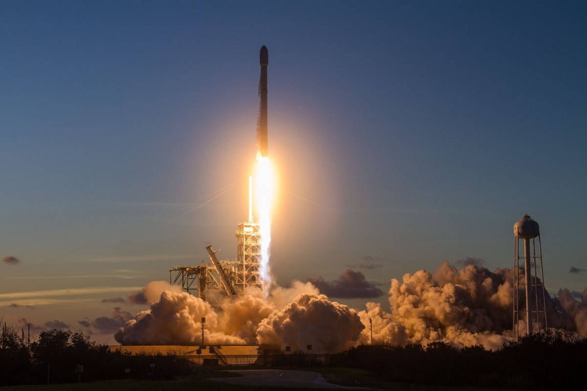 SpaceX gives free ride to replacement for Facebook's fried satellite
